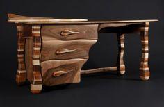 Curso de talla | Hacer bricolaje es facilisimo.com   No straight edges and Great wood.