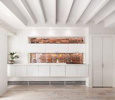 https://www.dwell.com/article/7-minimalist-apartments-around-the-world-9b3ed249/6133579299409342464