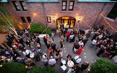 Outdoor wedding cocktail hour at The Van Dusen Mansion in Minneapolis MN | Vick Photography