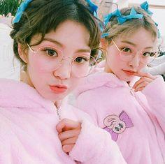 Asian lesbians pink
