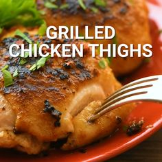 Grilled Chicken Thighs with a simple seasoning to give them so much flavor. These bone-in chicken thighs are juicy and perfect for a quick dinner recipe. Plus, they only take 30 minutes! Chicken Thigh Grill Recipes, Chicken Thigh Marinade, Chicken Thighs Dinner, Chicken Thights Recipes, Bone In Chicken Thighs, Bone In Chicken Recipes, Grilled Bbq Chicken, Grilled Chicken Thighs, Simple Grilled Chicken Recipes