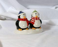Cute Penguins Penguin Socks, Penguins Of Madagascar, Cute Penguins, Salt And Pepper Set, Pittsburgh Penguins, Salt Pepper Shakers, Birds, Activities, Thoughts