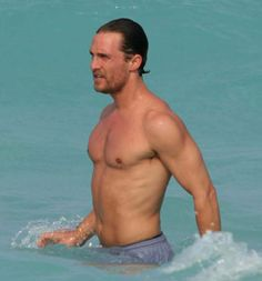 MATTHEW MCCONAUGHEY Beach PICTURES PHOTOS and IMAGES