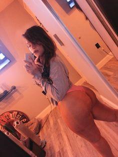 No nigga wanna be my ex. Beautiful Curves, Sexy Curves, Beautiful People, Beautiful Women, Real Women, Fitness Models, Lady, Selfies, Beauty