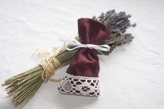 Lavendelsäckchen aus Hemdsärmeln / Lavender sachet made of the sleeves of a men's shirt