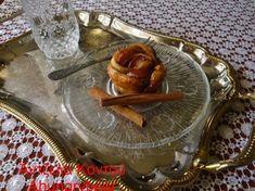 Μηλοπιτάκια τριανταφυλλάκια - A Hungry Bear Tray, Decor, Decoration, Trays, Decorating, Board, Deco