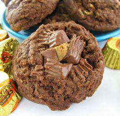 Chocolate Peanut Butter Cup Cookies #cookies #yummy