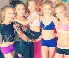 Maddie, Brooke, Mackenzie, Chloe and Paige