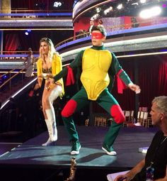 #DWTS rehearsal with @EmmaSlaterDance & @HayesGrier. #TMNT