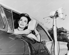 Natalie Wood At Drive In-Movie 8x10 Reprint Of Old Photo