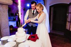 Pałac Sulisław Wesele - Fotograf Ślubny Daniel Tarka Mermaid Wedding, Wedding Dresses, Fashion, Bride Dresses, Moda, Bridal Gowns, Fashion Styles, Wedding Dressses
