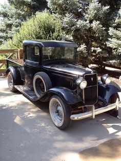 1933 Ford Pick Up - http://www.legendaryfinds.com/ford-other-pickups-basic-1933-ford-pick-up-ori-2/
