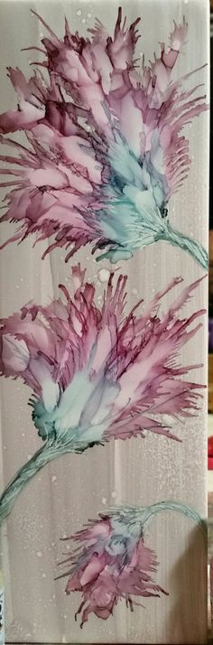 Flowers in alcohol ink on ceramic tile - idea Sharpie Alcohol, Alcohol Ink Tiles, Alcohol Ink Crafts, Alcohol Ink Painting, Tissue Paper Art, Hand Painted Fabric, Create Canvas, Plant Illustration, Art Pages