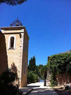 Entrée de la propriété avec Location saisonnière à vendre à Salernes en Provence dans le Var