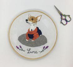 Quadro bordado a mão por @mantiqueirastudio #bordado #dica #petlover #pinscher #cachorro #embroidery Pet Lovers, Kids Rugs, Photo And Video, Studio, Instagram, Decor, Diy Dog, Decoration, Kid Friendly Rugs