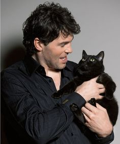 Jaromir #Jagr and a black kitten!