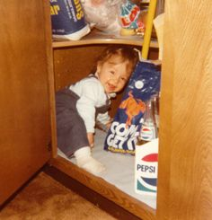 Wanted to Pee Alone via @MommyShorts and featuring some of your favorite bloggers on the web | LOLs for moms | parenting humor | old photos