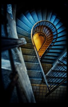 Hypnotic staircases