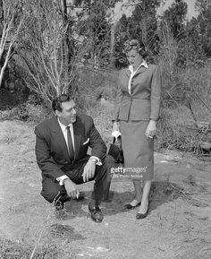 The Case of the Runaway Corpse' Perry Mason (Raymond Burr) and Della Street (Barbara Hale). Image dated August Mason Raymond, Raymond Burr, Perry Mason Tv Series, Best Tv Couples, Street Image, Bbc Broadcast, Photo Archive, Photo Displays, Stock Pictures