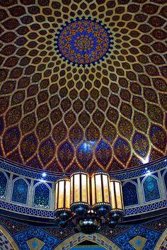 zarzor:    Iranian Quarter @ Ibn Battutua Mall - Dubai by leppardize on Flickr.