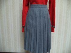 Vintage GreyAccordian Pleated 70's Skirt by HandsomeandBella