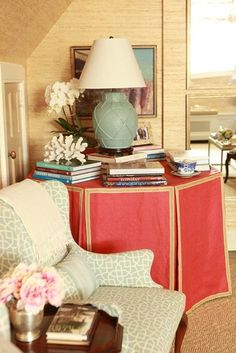 There's nodoubt about it- I'm a big fan of table skirts. If done correctly, a skirted table can be a welcomed addition to any room. Not on...