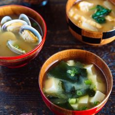 Homemade Miso Soup (味噌汁) - It's super easy to make an authentic Japanese miso soup with savory homemade dashi. Clam, tofu, Shiitake mushrooms, Wakame seaweed, daikon and many other Ingredients you can use! Easy Japanese Recipes, Japanese Dishes, Japanese Food, Asian Recipes, Healthy Recipes, Ethnic Recipes, Japanese Salad, Ramen, Soup Recipes