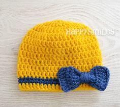 Bonnet Bébé Jaune avec un Joli Noeud Bleu : Mode Bébé par happysmiles