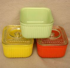 Vintage Fire King Refrigerator Bowls w Fired On Color Excellent Condition