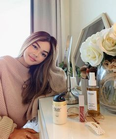It's starting to feel like autumn in Sydney. 🍁 which means new wardrobe, make up & skin regime! Here's some of my beauty favourites. Lily Maymac, Olay, New Wardrobe, Stylish Girl, Girl Pictures, Winter Hats, Make Up, Autumn, Celebrities