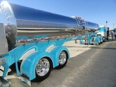 Pretty Trucks