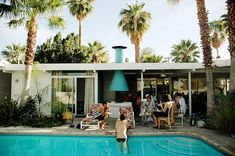 mid century mod back yard in Palm Springs
