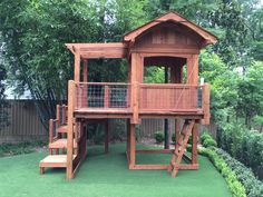 Custom Swing Set and Playset Designs from Jack's Backyard - Sala da Gioco Ideas Backyard Swing Sets, Backyard Playset, Backyard Swings, Backyard Playhouse, Build A Playhouse, Backyard For Kids, Backyard Patio, Outdoor Playset, Swing Sets Diy