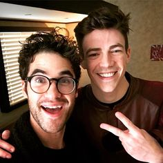 darrencriss The last time I worked with this dude, HE was the bad guy singing at ME. Oh how the tables have turned , @grantgust . Talk about a #tbt @cwtheflash