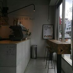 Asian Home Decor, extra spectacular tip, click the pin number 7090595632 today. Cafe Interior, Interior Design, Coffee Shop Aesthetic, Cafe Shop Design, Café Restaurant, Asian Home Decor, Restaurants, Cafe Bar, Sweet Home