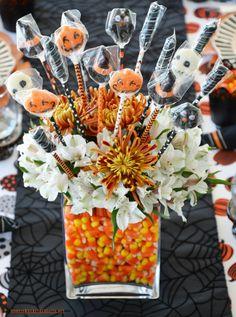 Halloween Table Centerpieces, Candy Centerpieces, Wedding Reception Centerpieces, Halloween Dishes, Halloween Candy, Halloween Diy, Halloween Birthday, Halloween 2020, Halloween Makeup