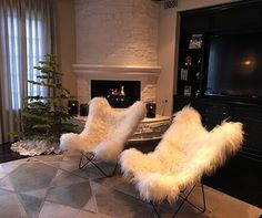 Kylie Jenner Gives Us A Tour Of Her Chic Home Decor | Look