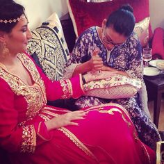 #Repost from my stunning bride  @cornedegazelle_et_macaron à sa Henna Party en #KaramTaziCouture