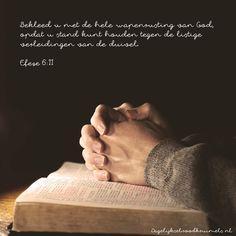 Bekleed u met de hele wapenrusting van God, opdat u stand kunt houden tegen de listige verleidingen van de duivel. Efeze 6:11  #Duivel, #God, #Wapenrusting  http://www.dagelijksebroodkruimels.nl/efeze-6-11/