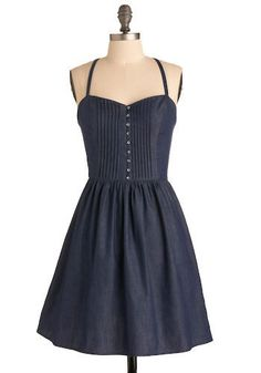 Adorable denim dress with a flattering sweetheart neckline. Would be perfect with these cowboy boots: http://infr.no/mrw