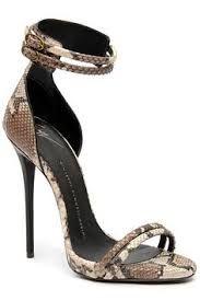 Resultado de imagem para sapatos giuseppe zanotti