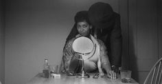 Carrie Mae Weems: First Photographer to Fight Against the Male Gaze ... and WIN #feminism #photography #carriemaeweems #women #artist
