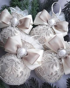In this DIY tutorial, we will show you how to make Christmas decorations for your home. The video consists of 23 Christmas craft ideas. Shabby Chic Christmas Ornaments, Victorian Christmas Decorations, Handmade Ornaments, Pink Christmas, Diy Christmas Ornaments, Handmade Christmas, Christmas Tree Ornaments, Christmas Crafts, Decoration Inspiration