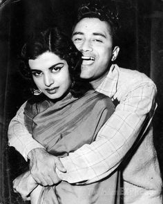 Childhood & Family pictures: Dev Anand with wife Kalpana Kartik Bollywood Couples, Bollywood Cinema, Bollywood Stars, Bollywood Actress, Indian Bollywood, Rare Pictures, Rare Photos, Legendary Pictures, Family Pictures