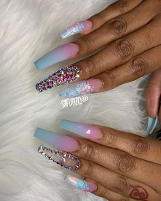 French Nails Glitter, Bling Acrylic Nails, Glam Nails, Summer Acrylic Nails, Best Acrylic Nails, Bling Nails, Cute Nails, 3d Nails, Coffin Nails
