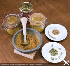 Curry - Gewürzmischung - Another! Chutney, Food Club, Spices And Herbs, Tasty, Yummy Food, Party Buffet, Masala Recipe, Curry Paste, Curry Powder