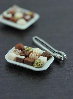 Tiny Chocolate Treats Platter - 1/12 Dollhouse Miniature Dessert