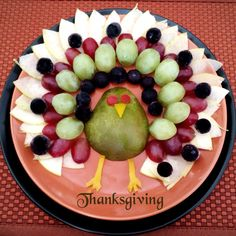 The assorted fruit platter for Thanksgivingday