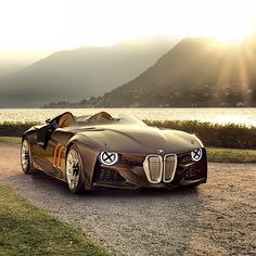The BMW 328 Hommage - and the sun won't stop shining!