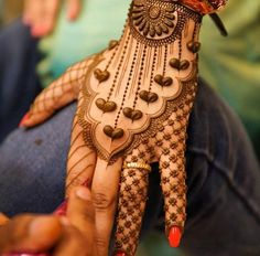 49 Beautiful Henna Tattoo Designs For Girls To Try At least Once - Torturein Egypt Mehndi Designs 2018, Modern Mehndi Designs, Wedding Mehndi Designs, Beautiful Mehndi Design, Mehandi Designs, Latest Bridal Mehndi Designs, Latest Mehndi, Tatoo Henna, Henna Tattoo Designs